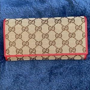 Continental Gucci Wallet